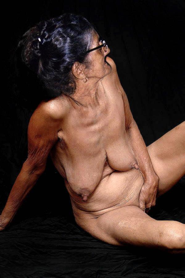 Naked oma