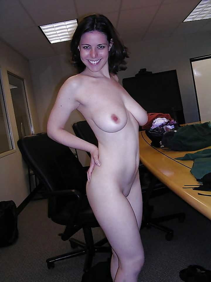 Wives and GFs 80 - 25 Pics