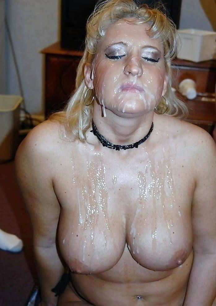 слегка голые старые тетки со спермой на лице фото вообще