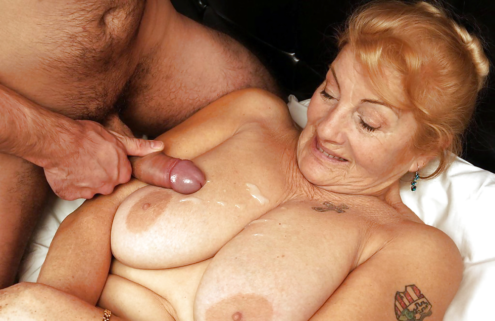 Really old black grandma porn — 4