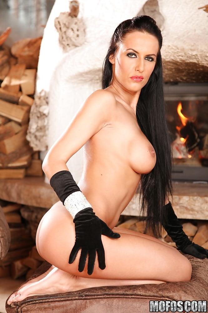 Sexy dark haired brunette bitchmilf Mela - 94 Pics