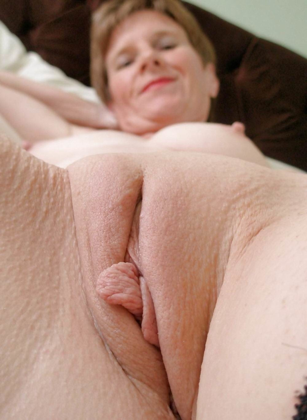 Naked old lady vaginas, very tight pussys with ebony dicks