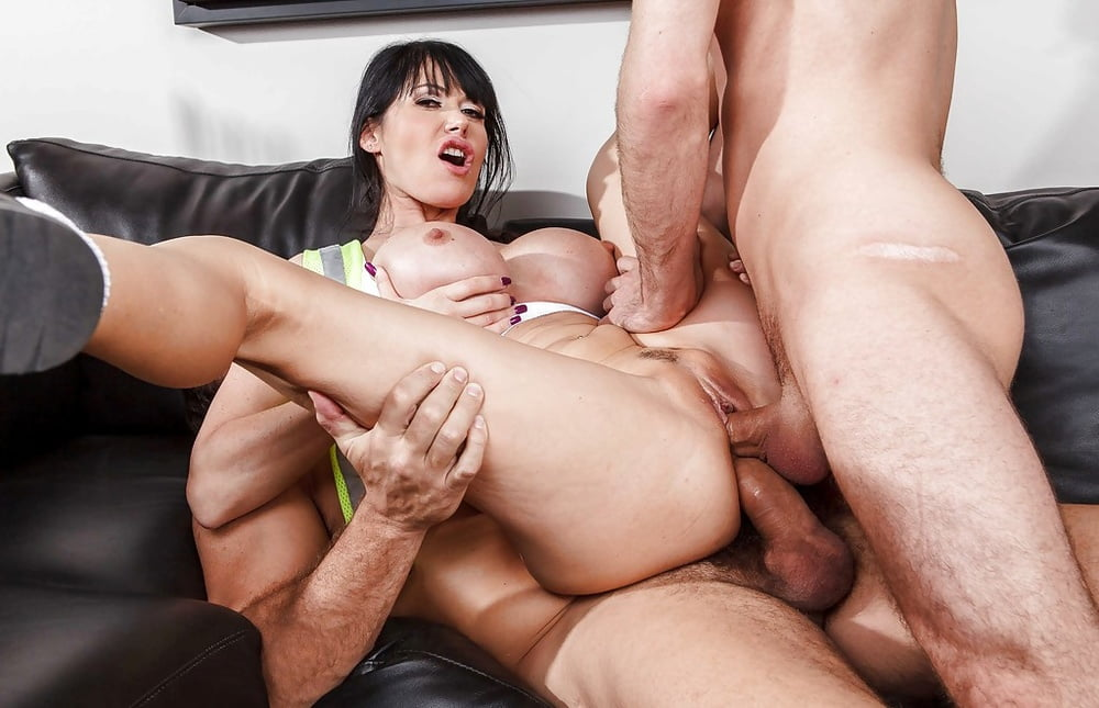 Women having sex in the nude-1159