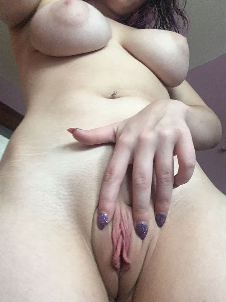 Self masterbaiting pussy time having