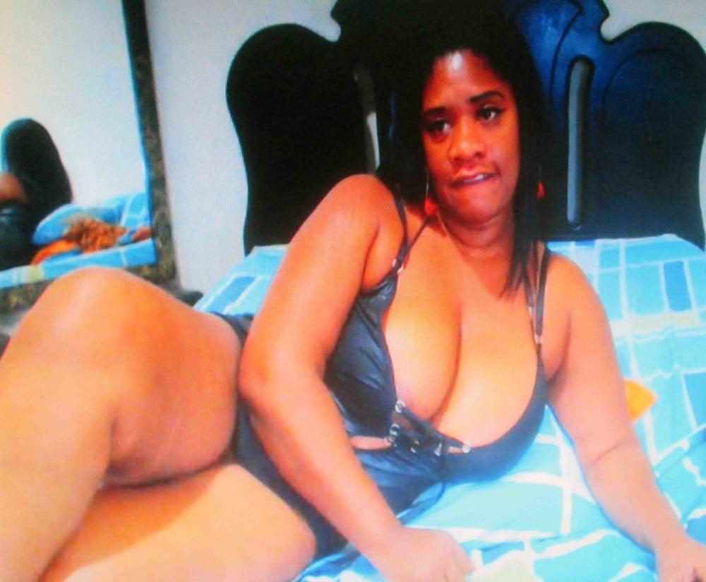 Mature ebony boobs-8968