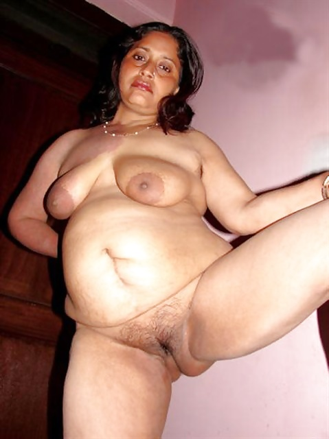 nude-indian-grandmoms