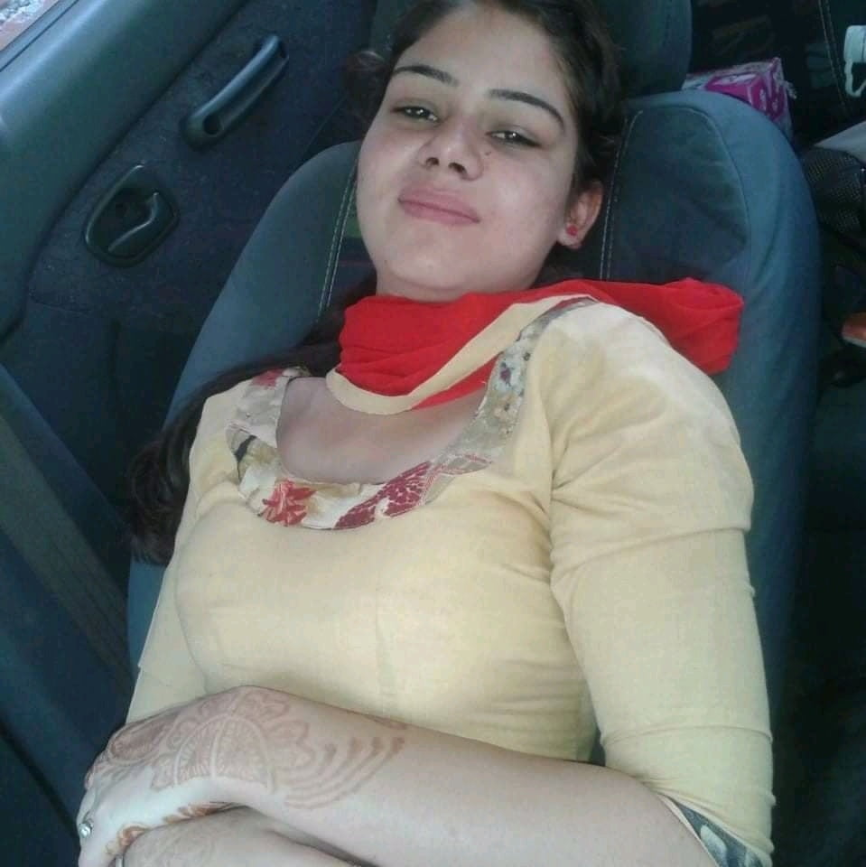 Indian lesbian girls in sexy mood-9519