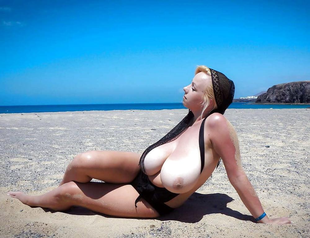 romanian-big-tits-beach-girls-love-to-eat-ass