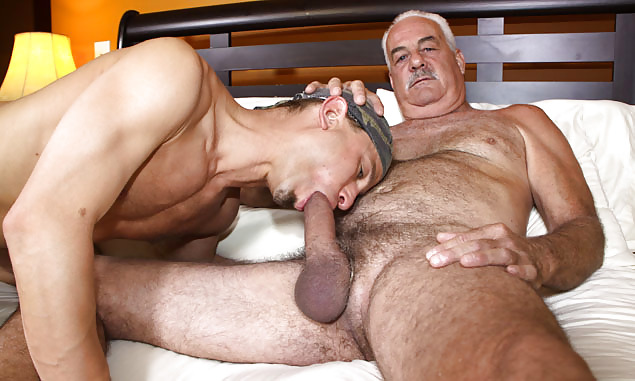 dad-fucking-young-boys