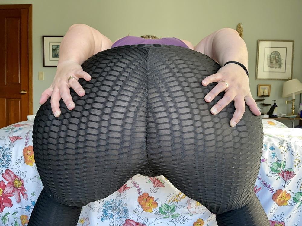 """My 65"""" Ass - 13 Pics"""
