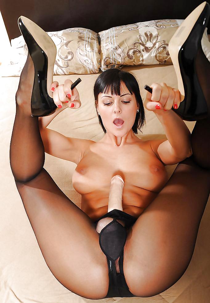 Strapon Cum Ladies Pantyhose Stockings Cumming Dildo Creampie Xxnx 1