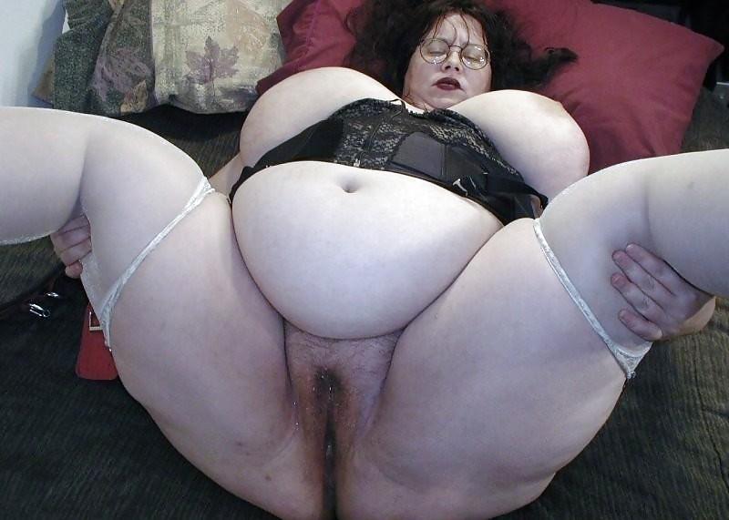 Толстая вагина у толстой бабы фото с раздеванием
