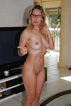 at Sexy home girls naked