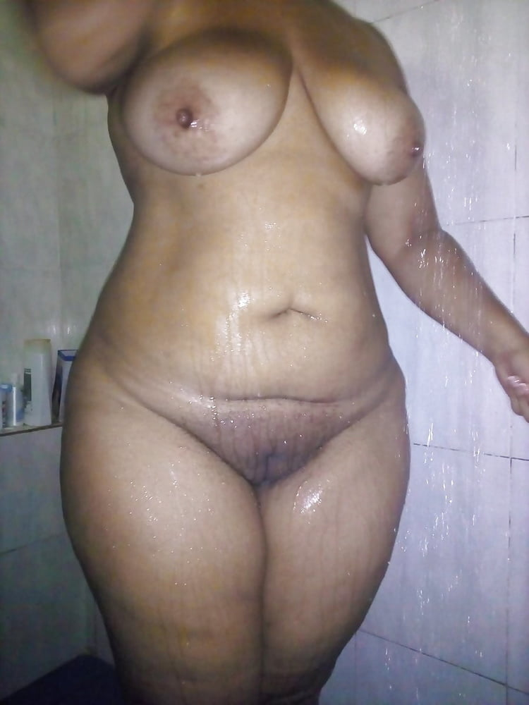 hot indian girls without dress there