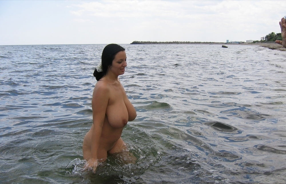 Naked lesbians with huge tits