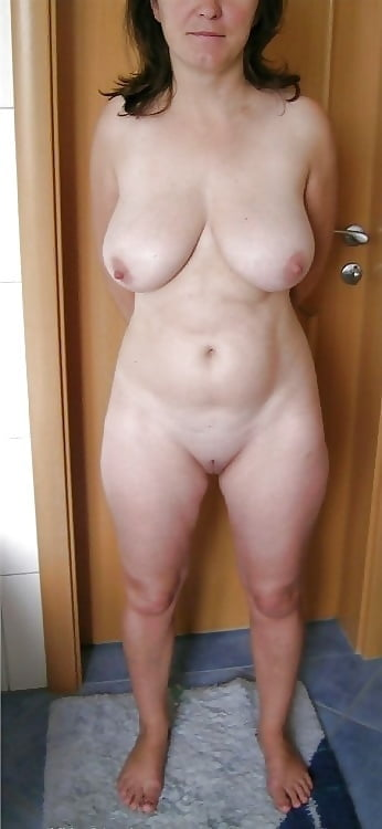 Free sexy housewife-6766