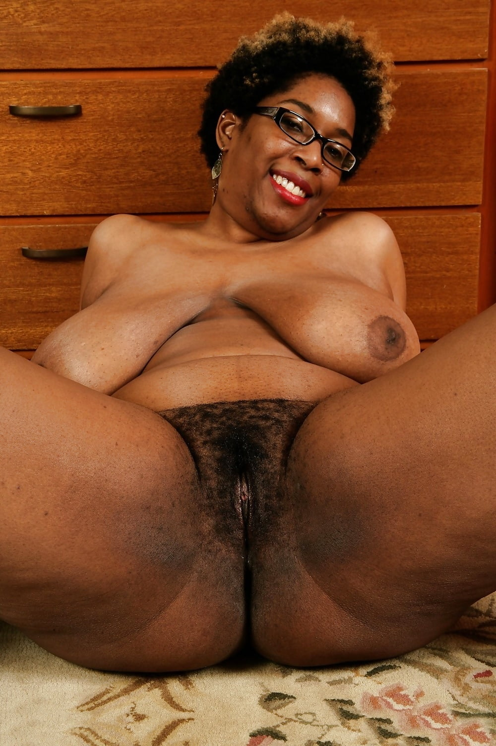 Beautiful black mature women pics — pic 13