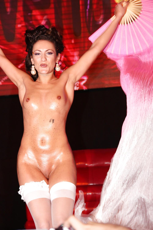 nicole-galleries-galleries-venus-erotic-fair