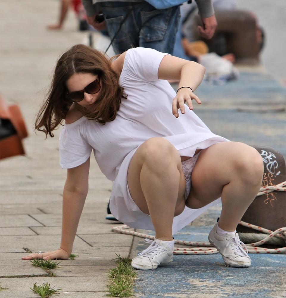 Accidental upskirt photo gallery