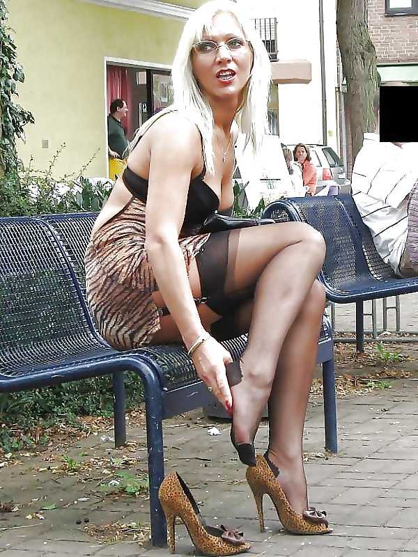 Opinion pantyhose flashing wives