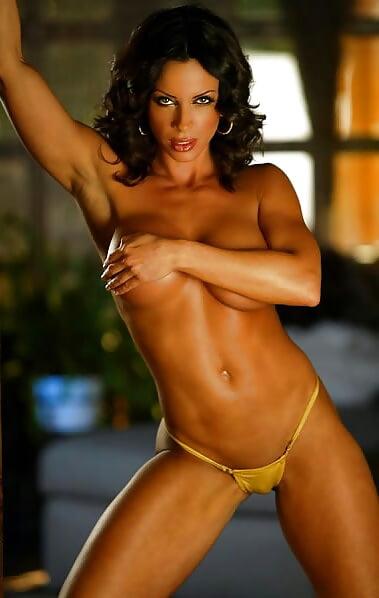 Ava Cowen's Hot Workout