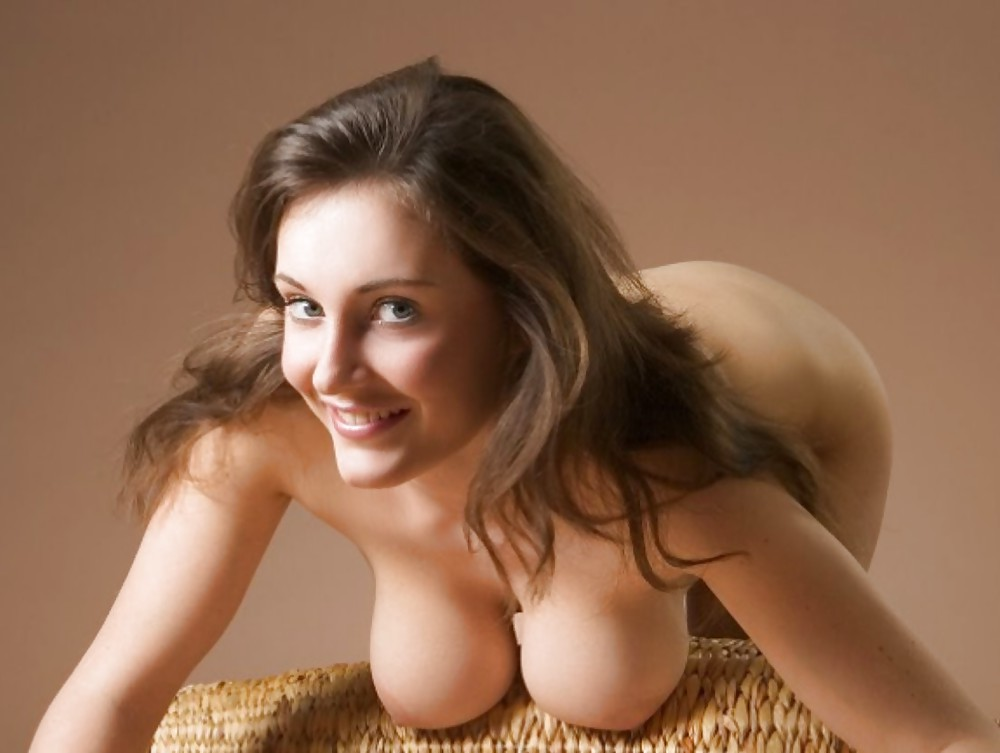 Watch smutty large saggy tits escort