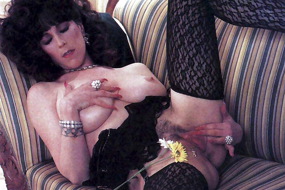 Annie sprinkles masturbates with vibrator orgasm porn pics