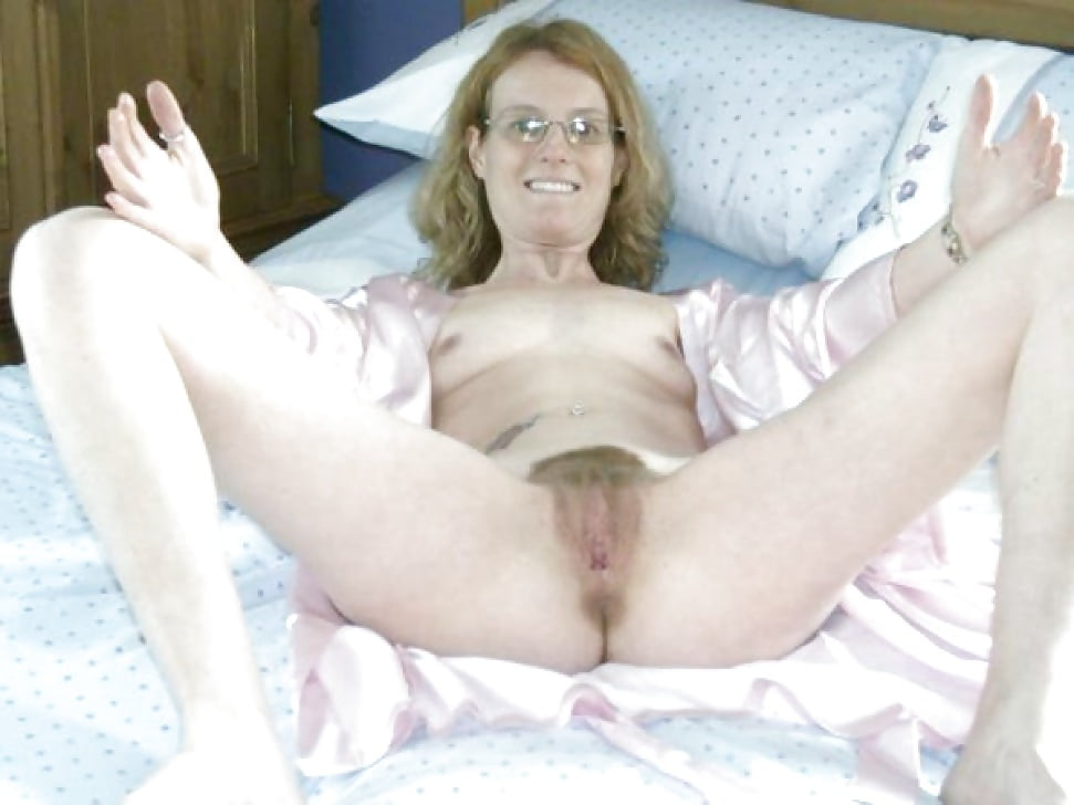 Moms Bedroom Pics