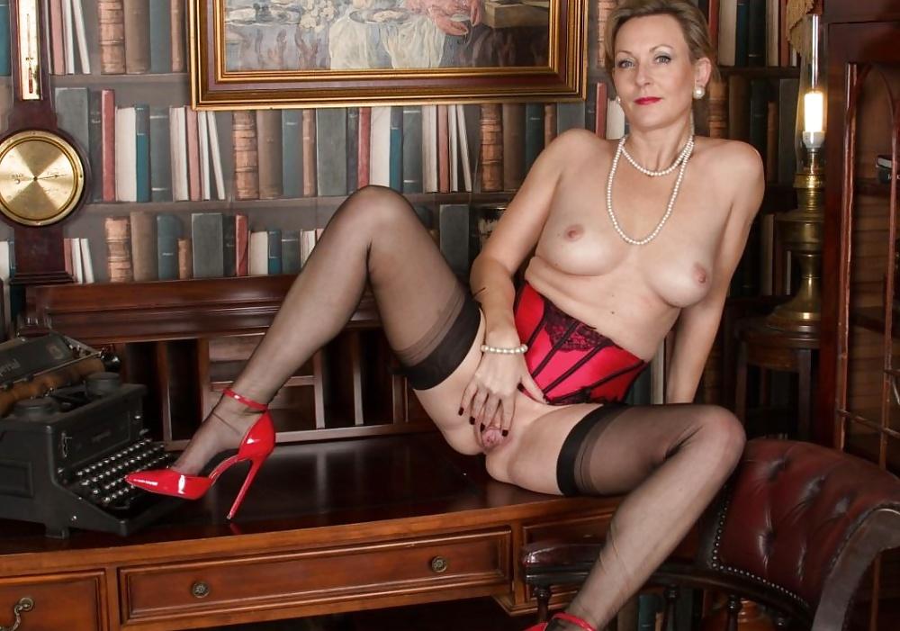Milf heavy stockings english