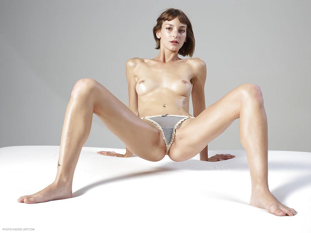 Kasha Hegre Bravo Erotica Sexy Youtubers 1