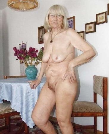 amateur nude sixty plus women