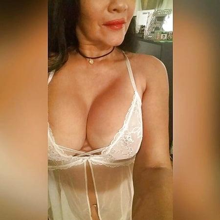 Bikini Pilar Valderrama Nude Photos