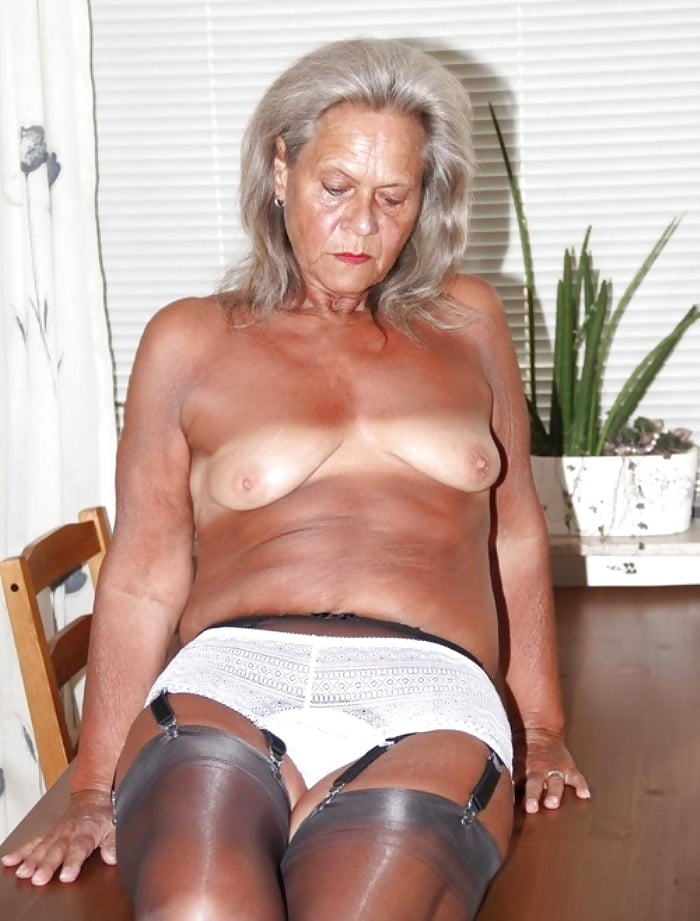 Granny camel toe sex galleries — pic 3