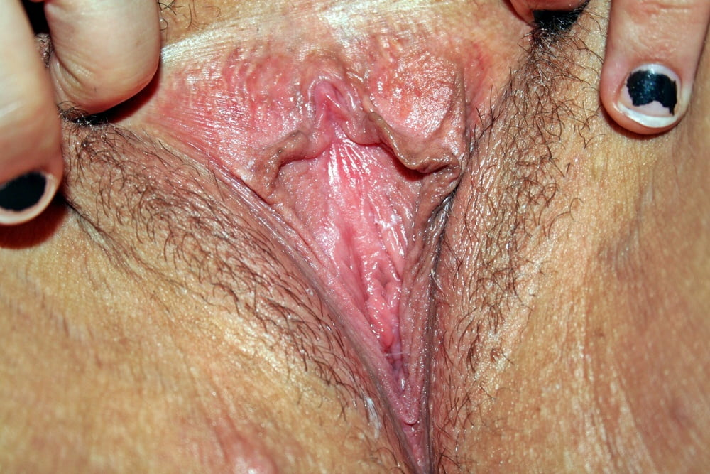 Pink Pussy Close-Up - 12 Pics