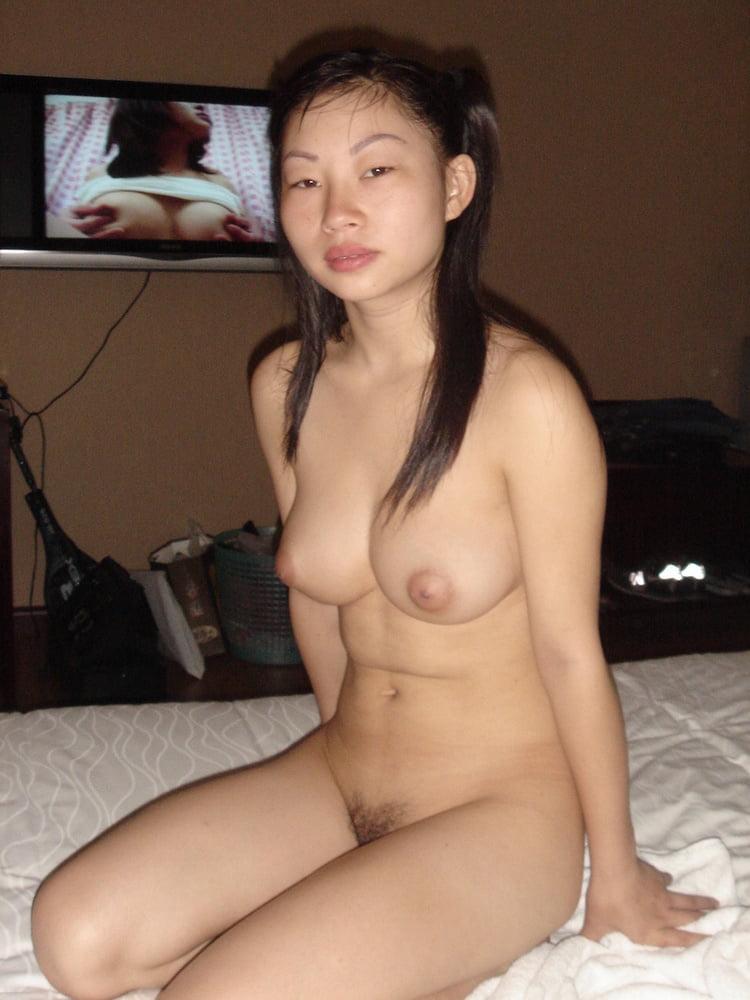 домашнее фото голых китаек разговаривали обо