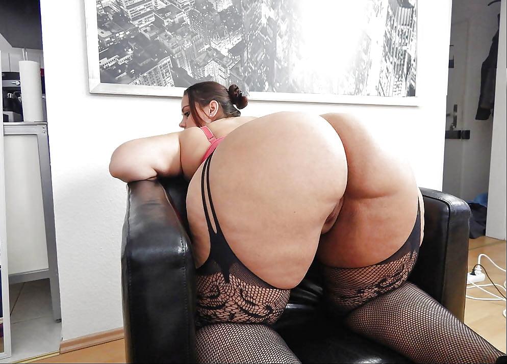 Толстожопые немки в чулках, супер секс с двумя телочками фото