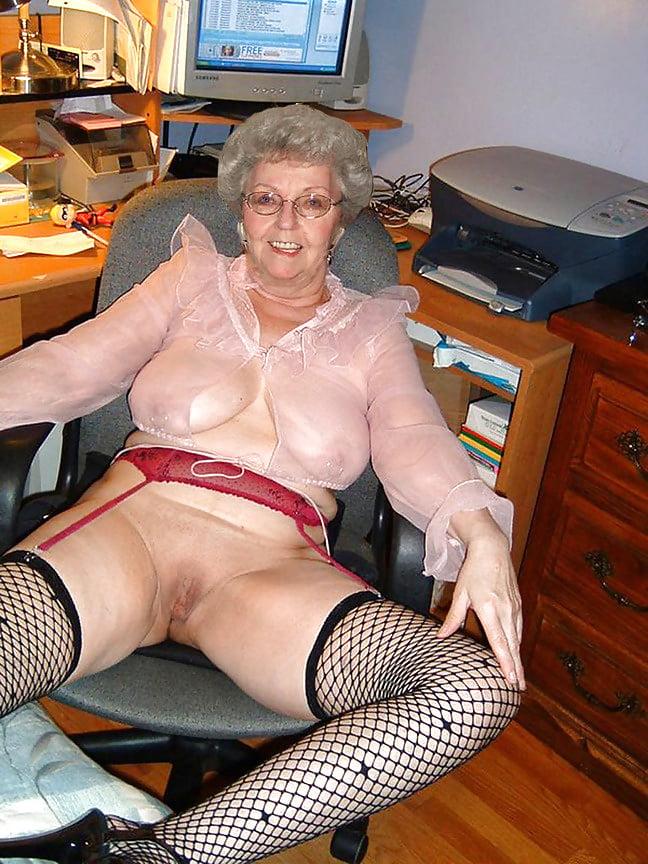 Amature mature grannie movies 9