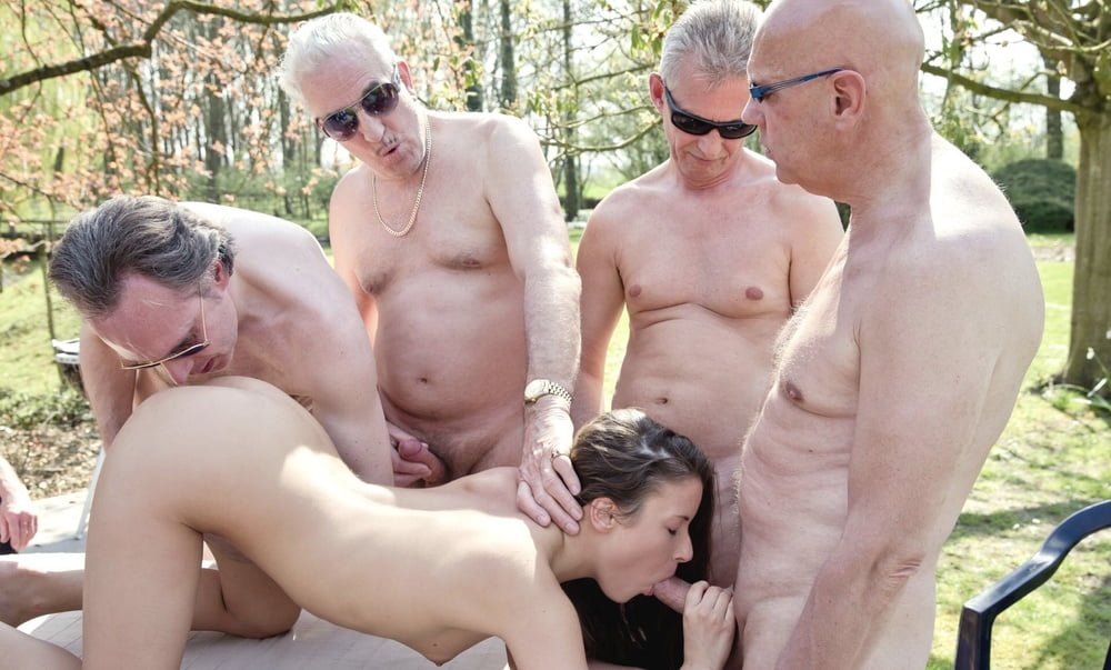porno-so-starikom-gruppovuha-izvrashenie-porno-onlayn-el-makferson