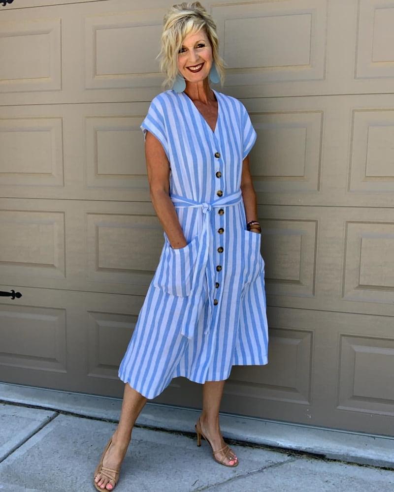 Mature blonde cunt Melanie- 127 Pics