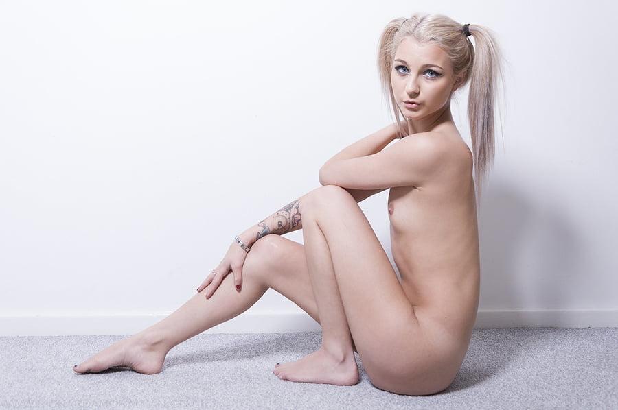 Titties - 20 Pics