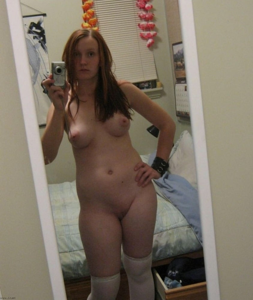 Just another desi wife taking self nude shots in the bathroom for her lover