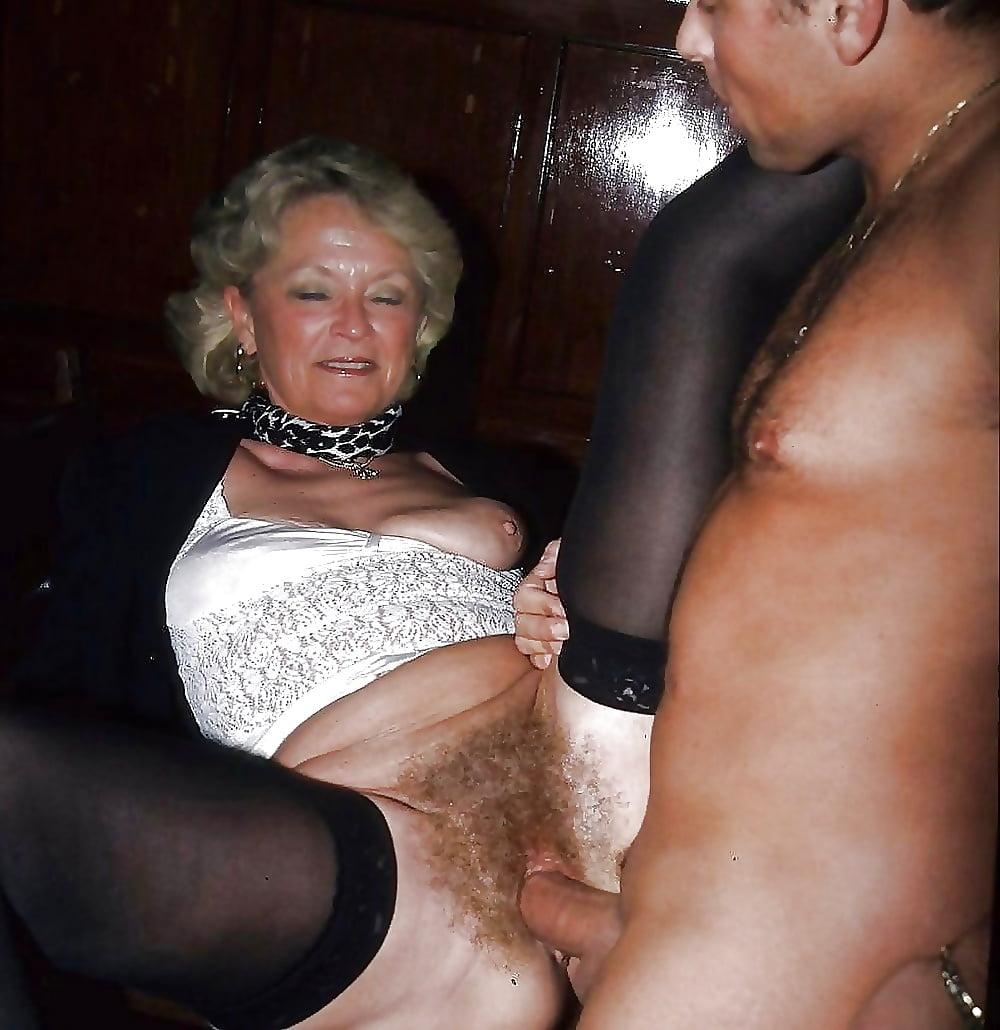 Older drunk women fucks 2