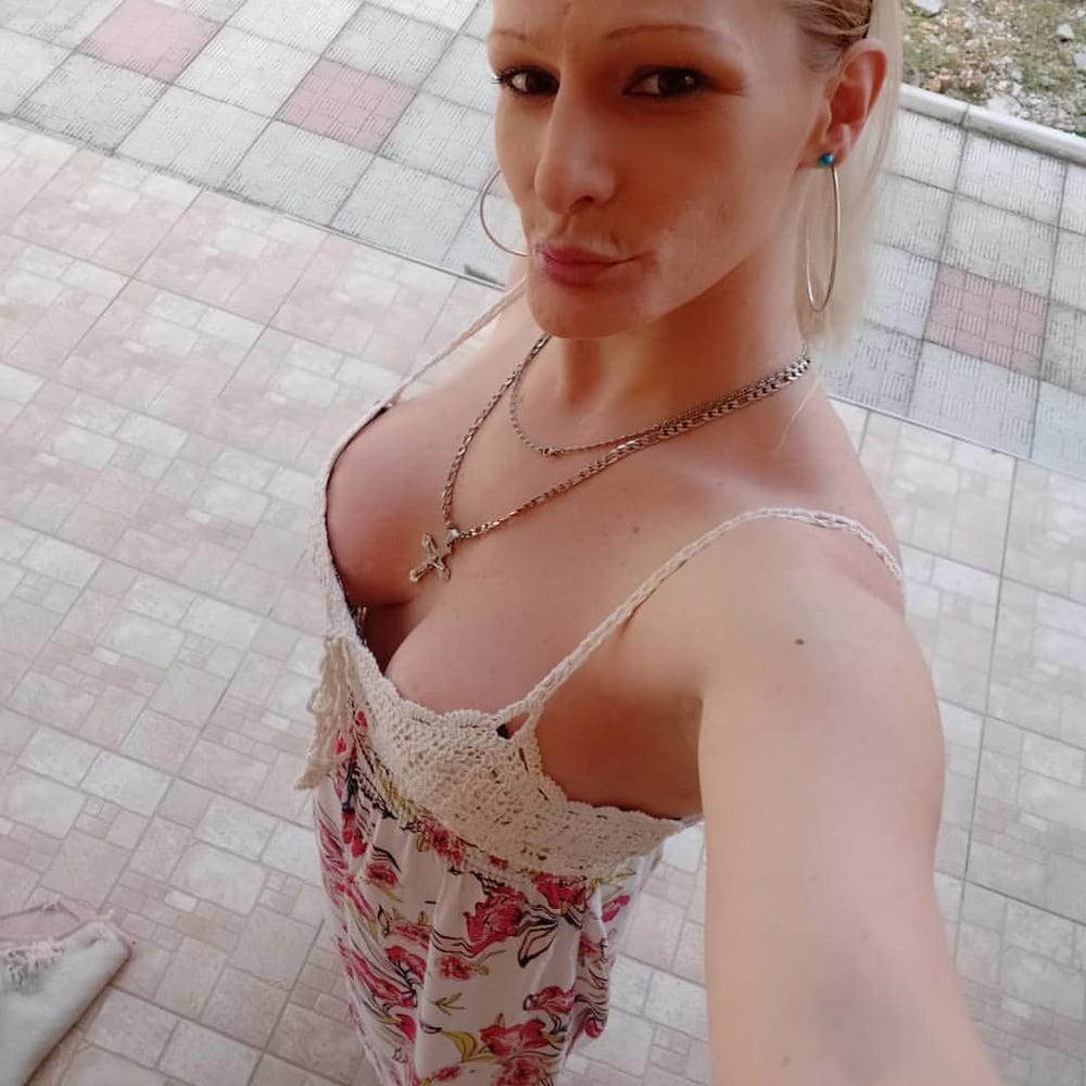 Jelena Aleksic- 24 Pics