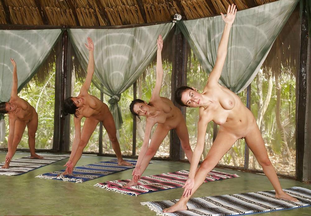 Nude girls tai chi — photo 13