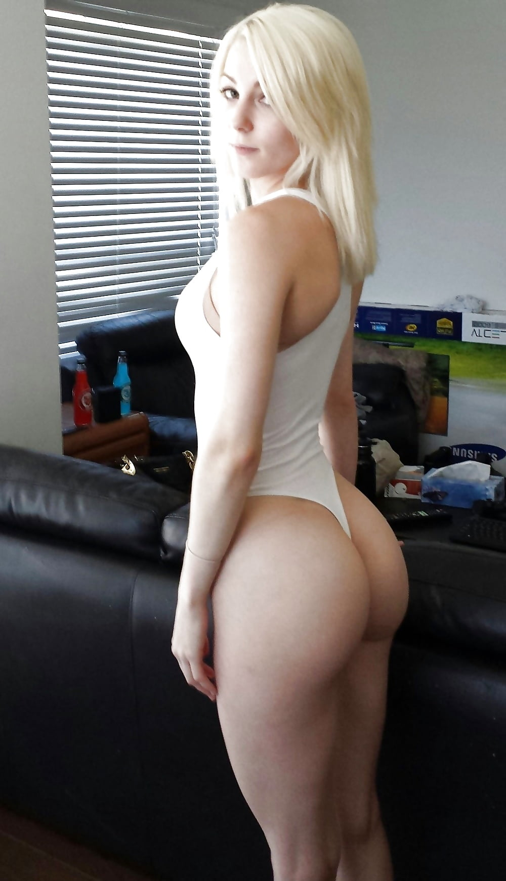 Skinny girls with big ass naked — pic 10