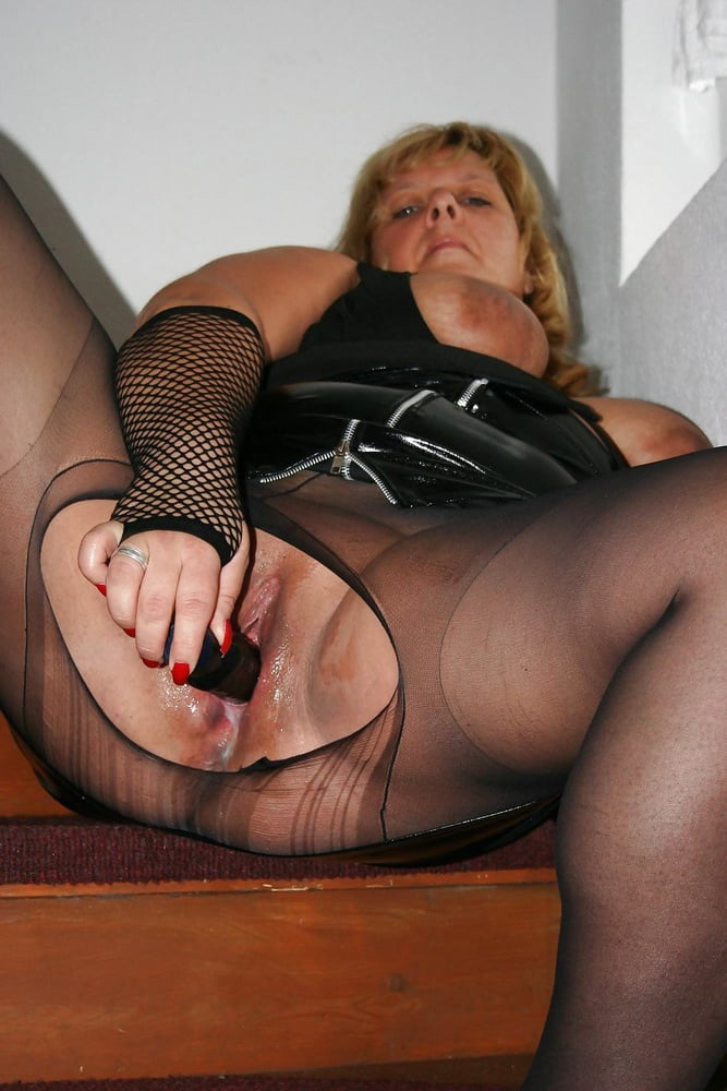 mature-pantyhose-pics-free-pics-of-robert-deniros-wife