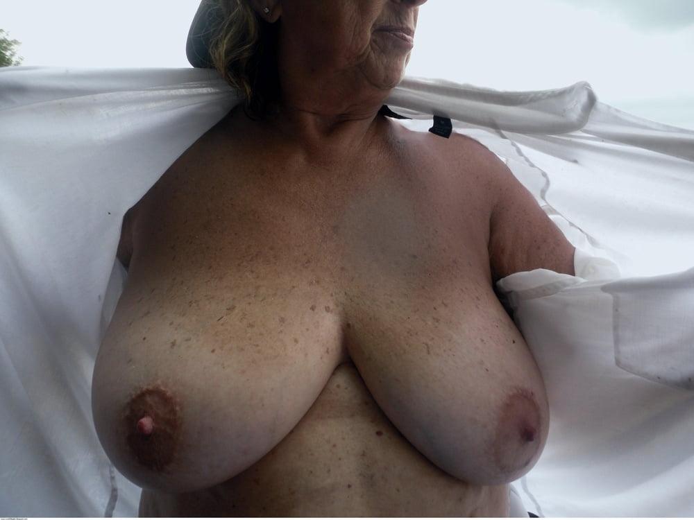 Mature nipple tubes