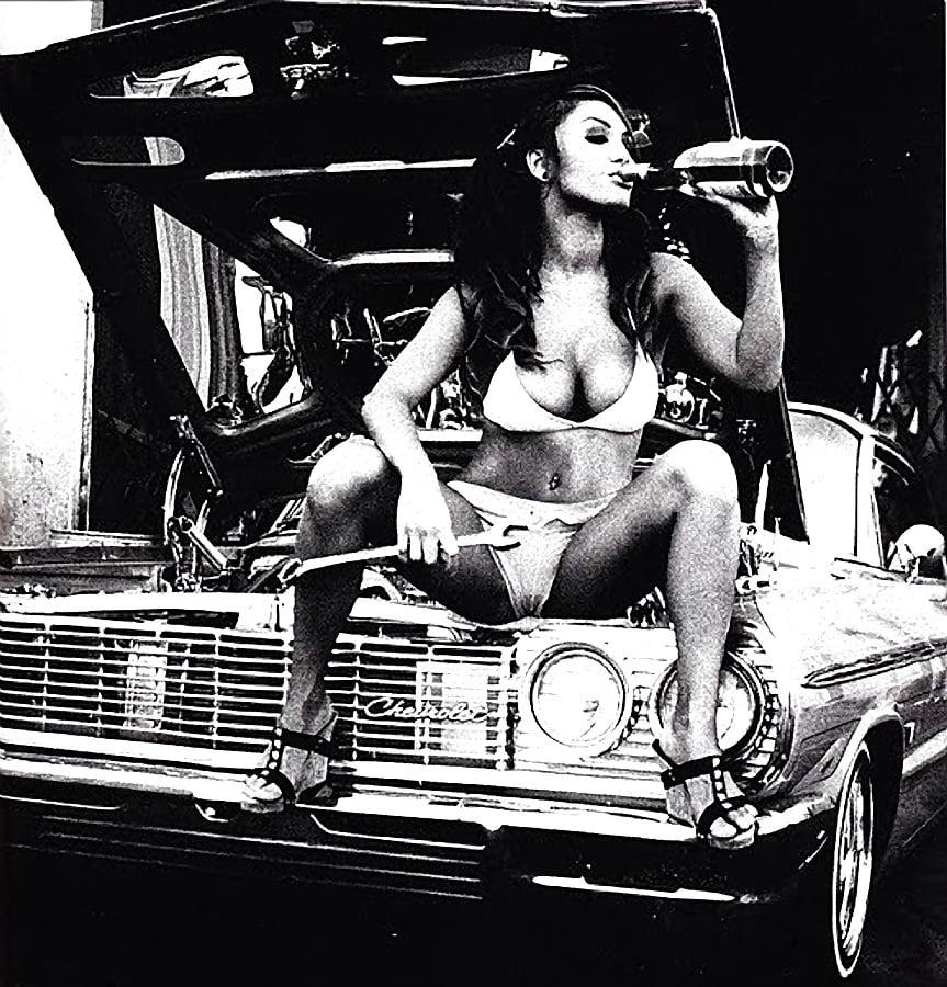 Classic car nude 15