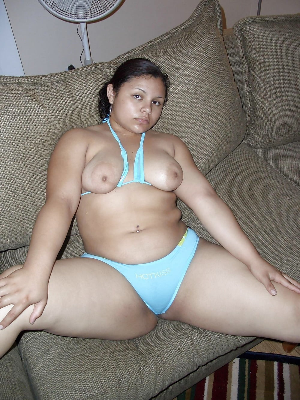 Hairy bbw latina playing with herself