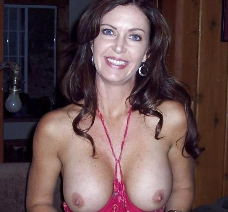 natasha-leggero-nude-naked